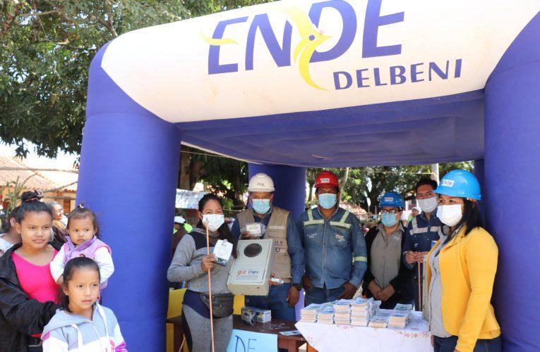 ENDE DELBENI S.A.M. ENTREGA MATERIAL ELÉCTRICO Y SOCIALIZA BENEFICIOS EN FERIA PRODUCTIVA DE SAN JOAQUÍN.